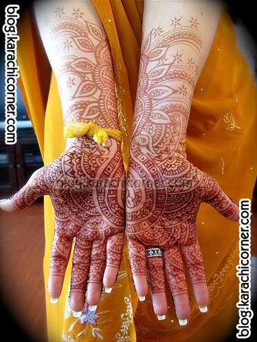 latest-indian-bridal-mehndi-design-01