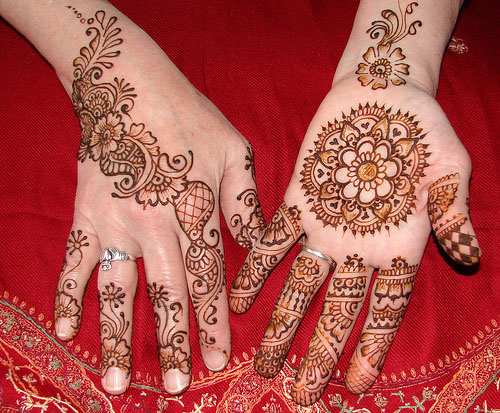bridal very simple mehndi design 4 Simple Mehndi Designs For Eid